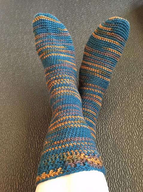 Dobby Socks - ACCROchet